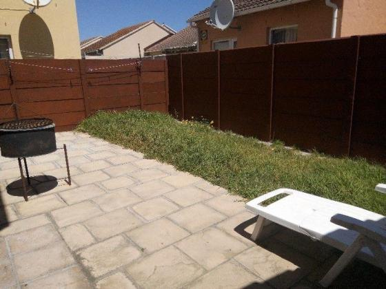 Holiday Home to Rent in Muizenberg, Cape Town - NOT PET FRIENDLY