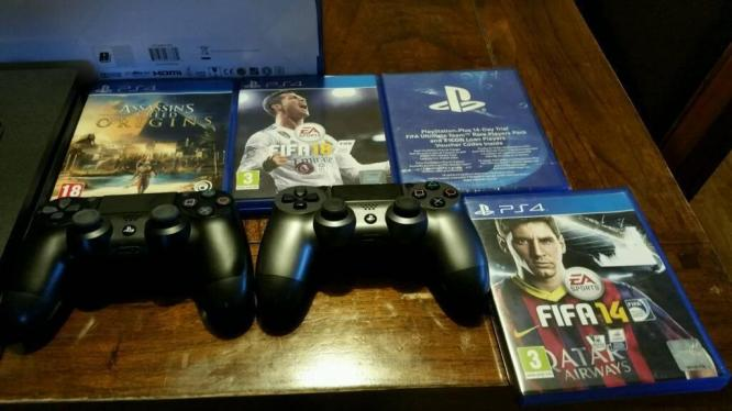 Selling PS4 500GB Slim Console + Camera + 2 x DualShock 4 Controller + 4 Games in East London, Eastern Cape