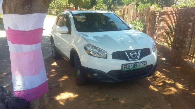 Excellent Nissan Qasqai SUV auto 2l
