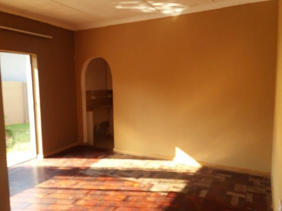 Garden cottage to rent in Boksburg