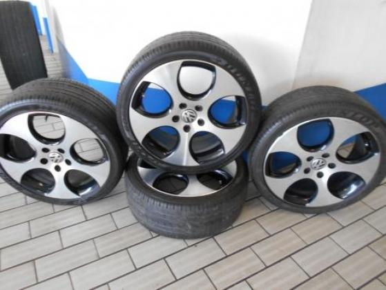 ORIGINAL VW MAGS WITH TYRES