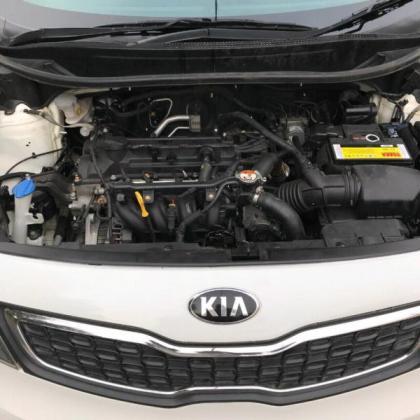 2014 WHITE KIA RIO SEDAN,1.4 ENGINE