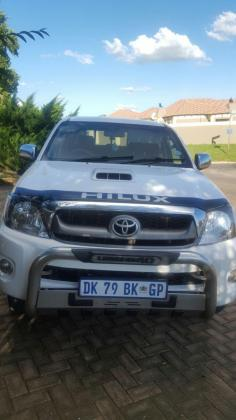 Toyota Hilux legend 40 3D4D 2010 model for sale