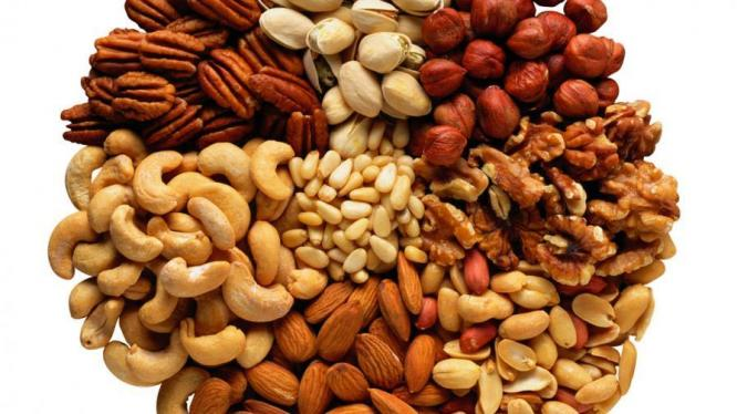 Almonds, Pecan, Cashews nuts at good prices