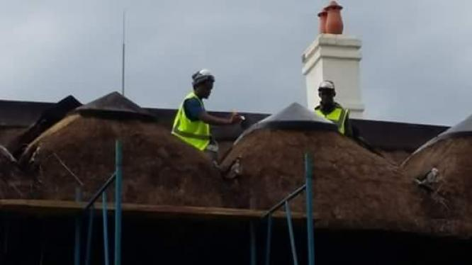 Harvey Thatch / lightning Masts, Fire Protection