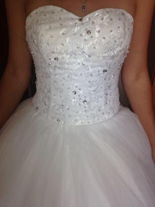 New Princess Wedding Dress For Sale (Brand New)