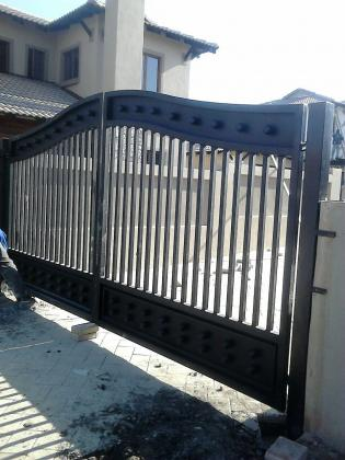 We manufacture gates