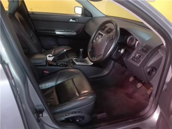 2006 Volvo V50 T5 station wagon