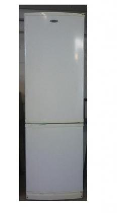 Defy 261L Fridgefreezer white in excellent condition for sale