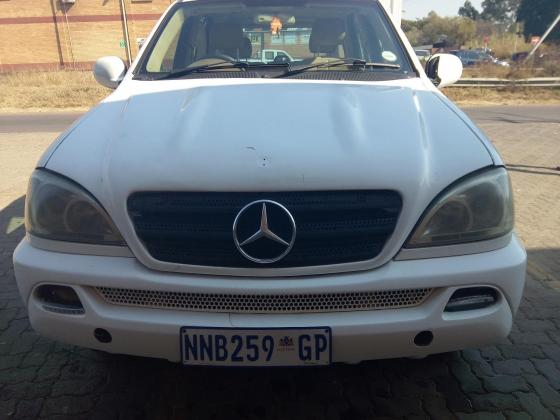 mercedes   Benz ML year  model 2000 in Pretoria-Tshwane, Gauteng