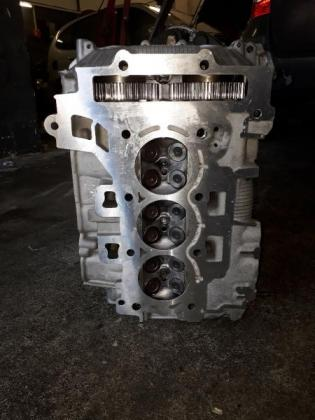 Peugeot & Citroen Cylinder head - 1.2 12 v - H N 02