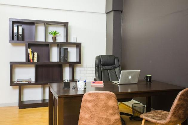 Office spaces co-working available