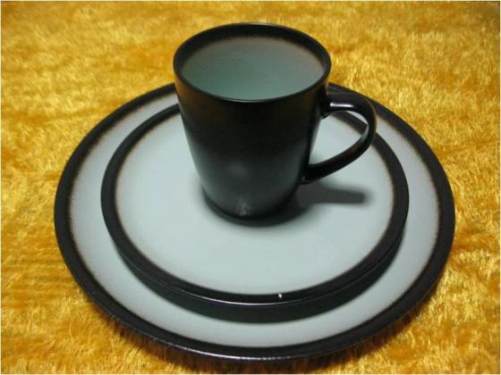 Porcelain Plates and Mug for wholesale