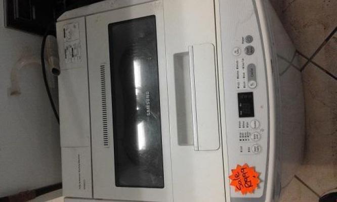 White Samsung 8kg Top Loader Washing Machine for SALE!