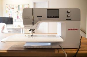 The Bernina 550qe comes with a nice accessory package which