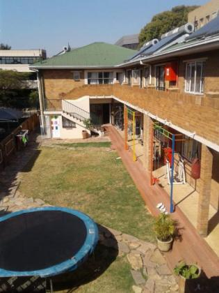 APARTMENT AVAILABLE IN MILPARK!!!