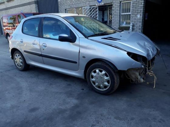 WE BUY CARS NON- RUNNER OR ACCIDENT DAMAGED FOR PARTS – RENAULT&PEUGEOT&CITROEN!!!