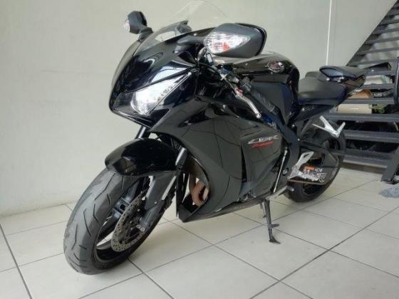 2012 Honda CBR1000 (finance available)