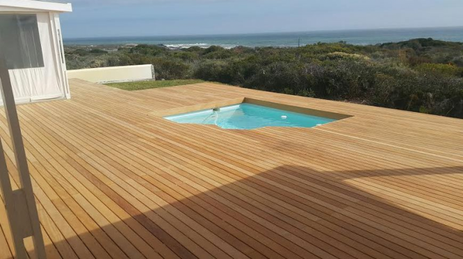 AFRICA THATCH AND DECKING
