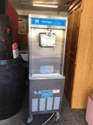 Fully working Taylor ice cream machine