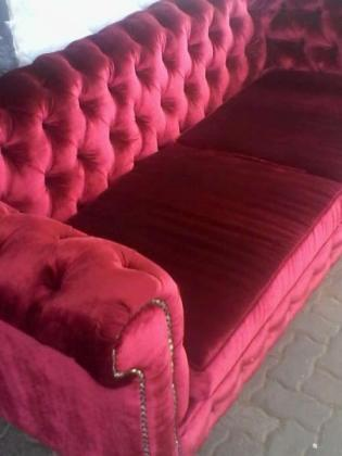 Red Custom made Diamond Buttoned Two Seater in Johannesburg, Gauteng