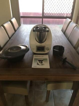 Thermomix TM5 + Recipe Books