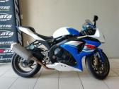 2014 suzuki GSXR1000 (finance available)