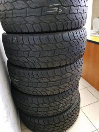 18INCH COOPER DISCOVERY A/T TYRES FOR SALE in Pinetown, KwaZulu-Natal