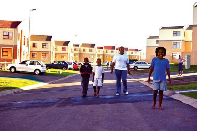 3 Bed Flat - R4424  - Move in Today! Only Pay from 1 DEC in East London, Eastern Cape