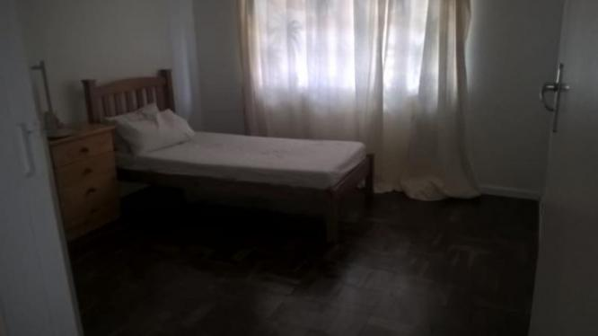 Furnished Room Available In Mowbray in Mowbray, Western Cape