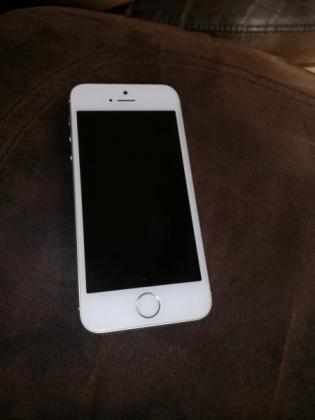 iPhone 5SE 32Gb in Johannesburg, Gauteng