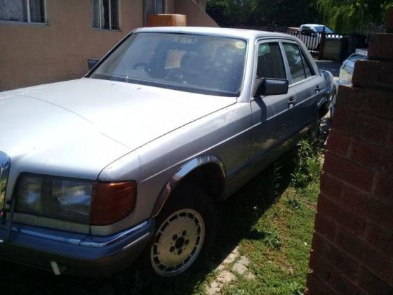 Mercedes 380SE Complete Body and Interior no Engine and Gearbox, no papers. ONCO