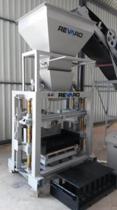 Revaro New RS5-2 Block & Brick Making Machine in Muldersdrift, Gauteng