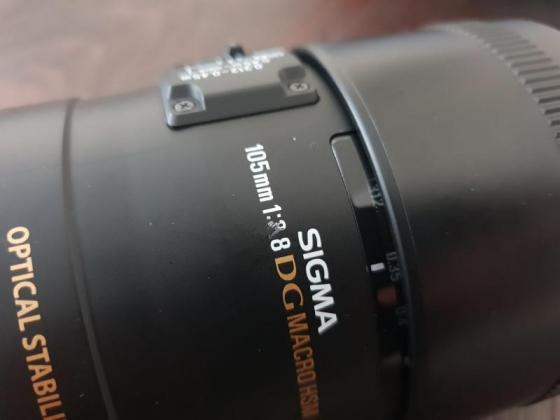 Sigma 105mm f 2.8 EX DG OS HSM Macro Lens for Nikon