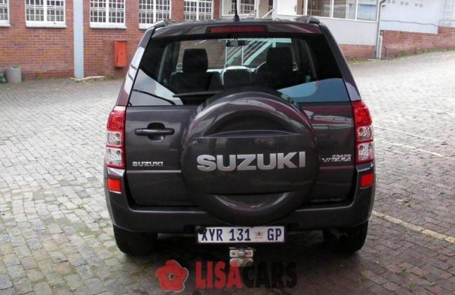 SUZUKI GRAND VITARA 2.4 A/T in Kempton Park, Gauteng