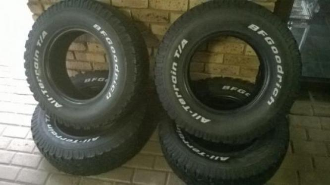 17INCH & 18INCH BAKKIE TYRES FOR SALE