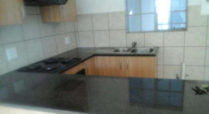 Flat to Rent in Waterval East Rustenburg