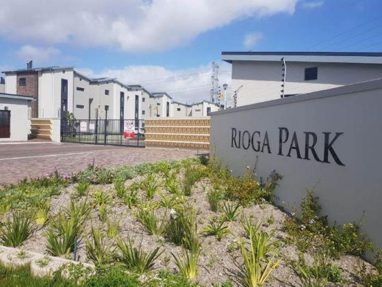 Gorgeous 2 bedroom unit to let in Brackenfell