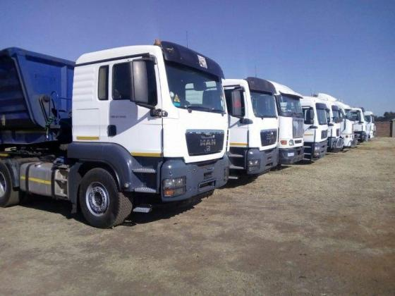 Looking to rent 34 Ton side Tipper trucks