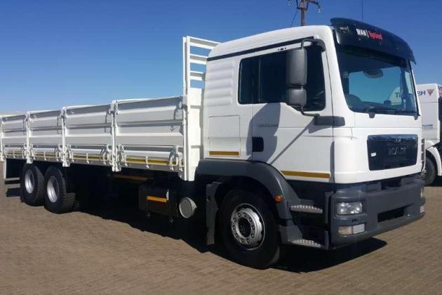 MAN Dropside TGM25 280 BLL 6x2 With Dropside Truck