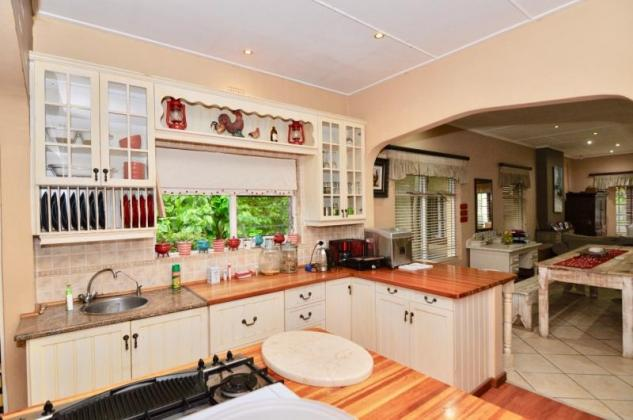 3 Bedroom, 3 Bathroom House to rent in Heather Park - George in George, Western Cape
