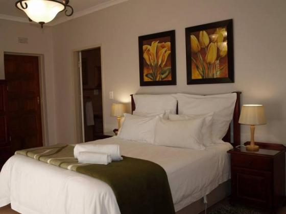 Salvador Guest House 0848103487 (R200 a night)