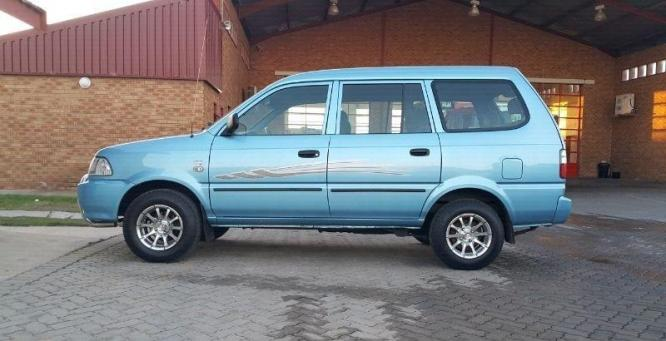 Toyota Condor 2400i up for sale