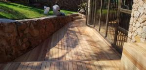 Sun Decks and Deck Maintenance