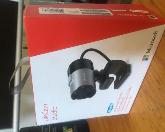 Microsoft Lifecam Studio Webcam - Brand new R850