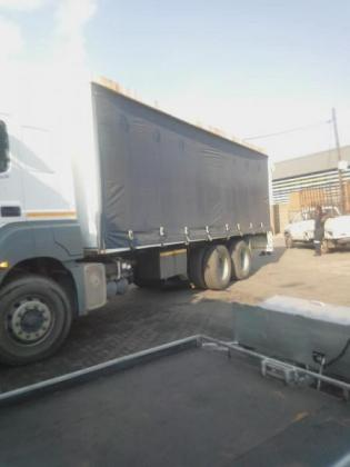 Used tautliner truck body for sale