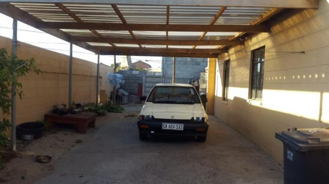 Wow!!!! Very Neat Family House  Tafelsig Mitchells Plain. in Mitchells Plain, Western Cape