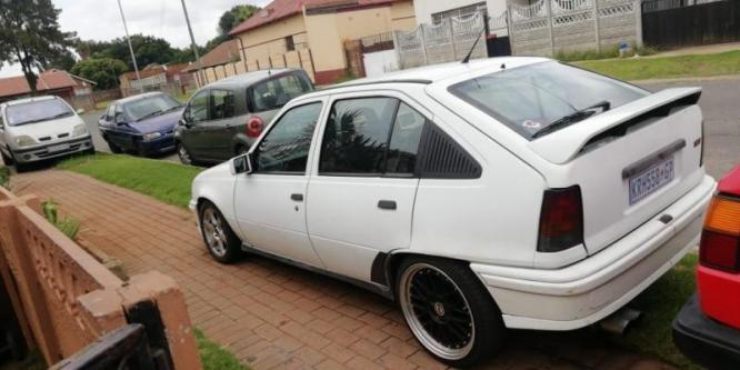 1991 Opel Kadett 200i CD 16v with a Opel 2.0 Gsi 16v