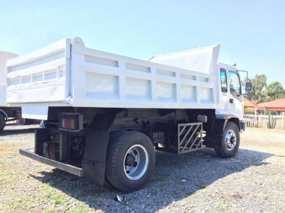 2006 Isuzu FTR800, 6Cube tipper truck for sale