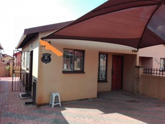 A beautiful  2 bedroom house for sale in Soshanguve